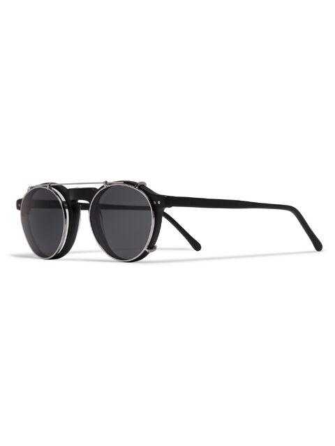 File:Illesteva - Capri sunglasses.jpg
