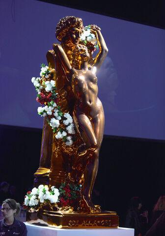 File:ArtRave - Jeff Koons Sculpture 001.jpg