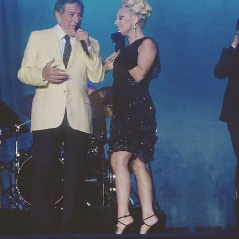 File:7-8-15 Cheek to Cheek Tour 001.jpg