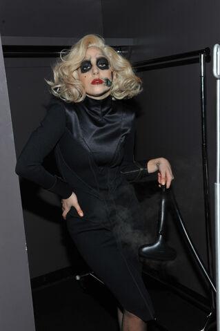 File:11-30-11 Backstage Grammy Nominations 007.jpg