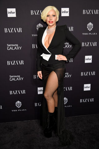 File:9-5-14 At Harper's Bazaar NYFW Fete in NYC 003.jpg