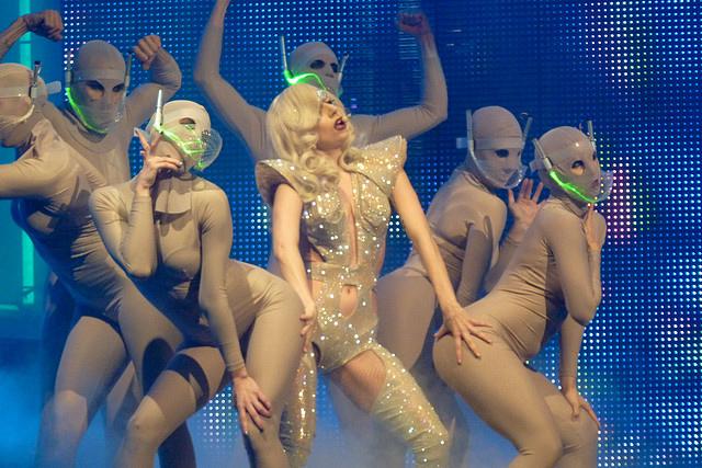 File:MB-Intro-Dancers.jpg