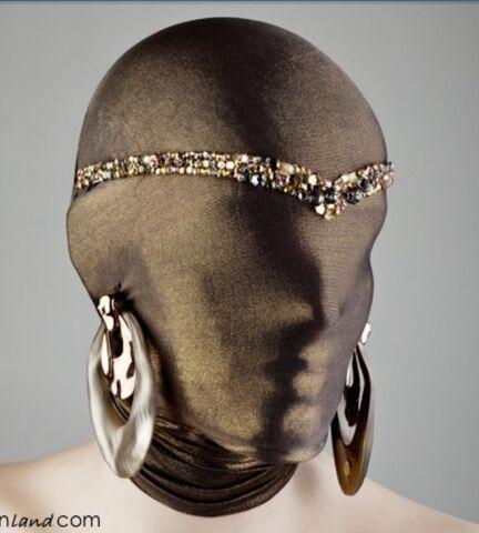 File:Alexis Bittar Born This Way headpiece.jpg