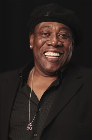 File:Clarence Clemons.jpg