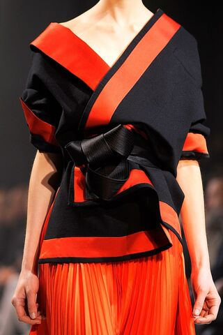 File:Haider Ackerman Spring 2011 RTW Red and Black Jacket.jpg