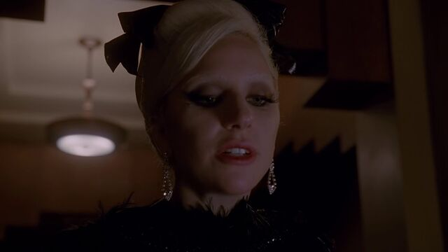 File:AHS Hotel - She Wants Revenge 011.jpg