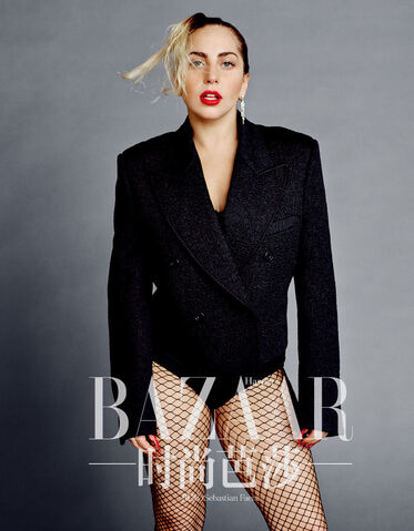 File:Harper's Bazaar Magazine - China (Sep, 2014) 002.jpg