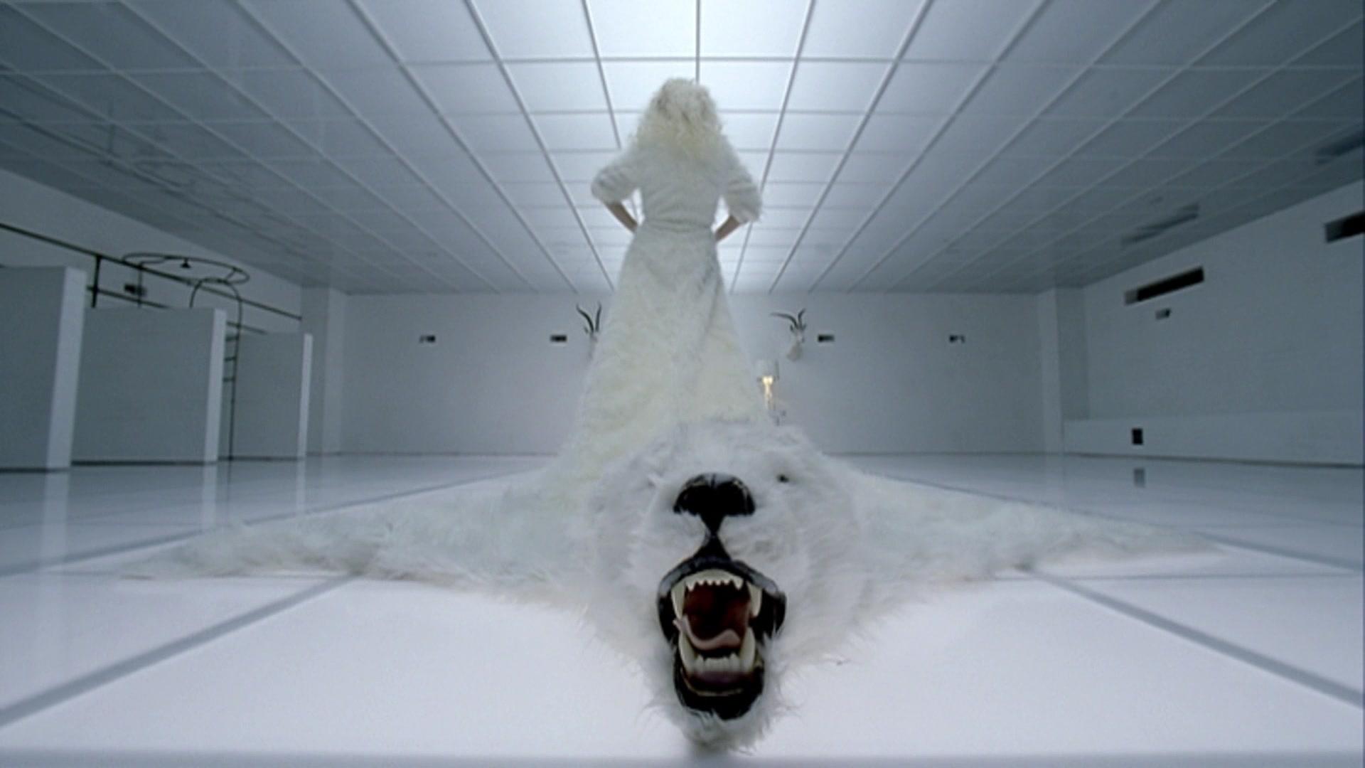File:Lady Gaga - Bad Romance 039.jpg