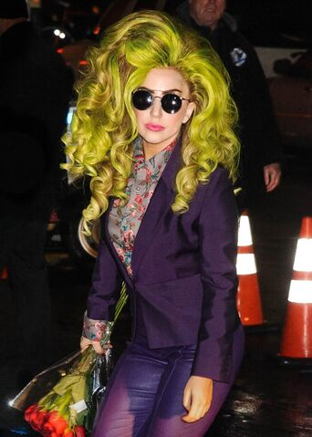 File:4-4-14 Arriving at the Roseland Ballroom in NYC 001.jpg
