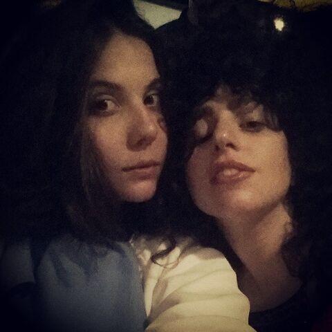 File:6-27-14 Natali and Gaga 001.jpg