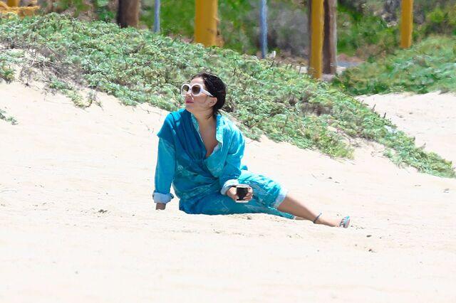 File:5-20-15 Malibu Beach 002.jpg