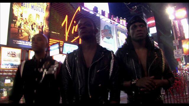 File:LoveGame music video scene 01 003.jpg
