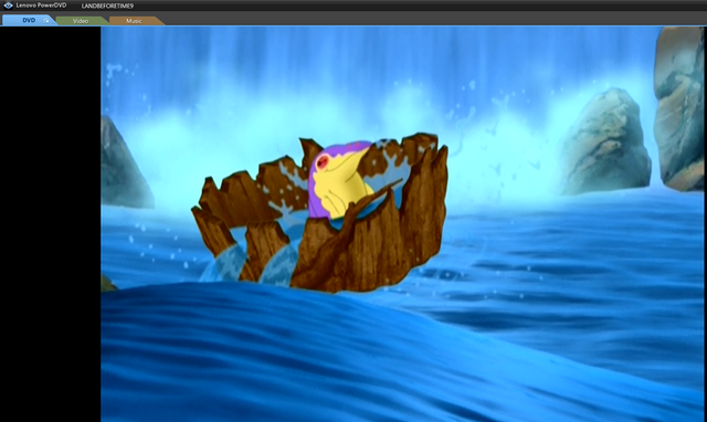 File:Mo in a log.png