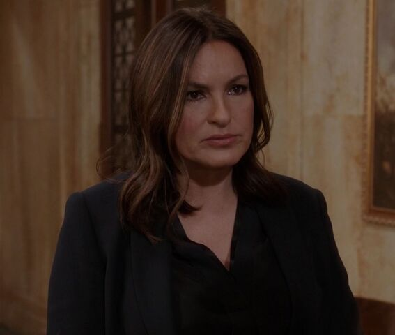 File:Olivia Benson, Sheltered Outcasts.jpg