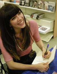 File:Kate morton.jpg