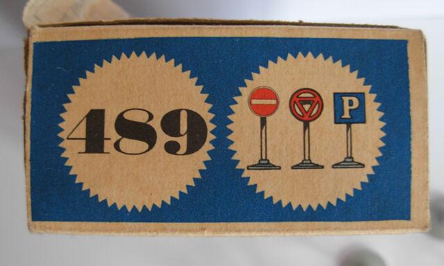 File:LEGO 489 TRAFFIC SIGNS 02.jpg
