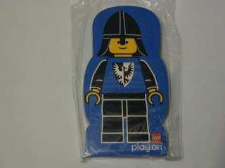 File:4229617-Memo Pad Minifig - (I) Black Falcon.jpg