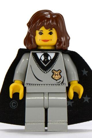 File:Hermione Granger Hogwarts Robes.jpg