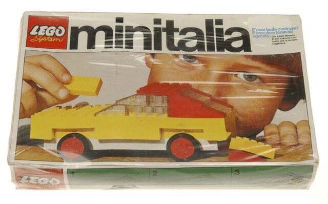 File:22-Car Box.jpg