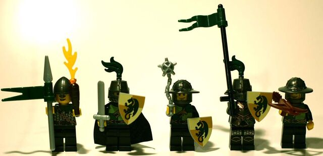 File:Dragon Battle Pack Minifiguren 852922.JPG