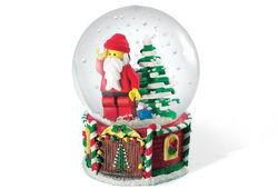 4287 Santa Minifigure Snow Globe