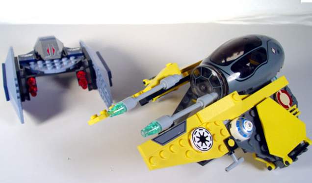 File:Anakin's Starfighter 3.png
