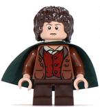 Frodo green cape