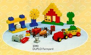 File:2392 Farmyard.jpg