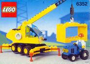 6352 Cargomaster Crane
