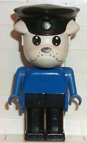 File:Inspector Dogge.jpg