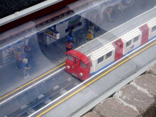 File:Lego Underground 2.jpg