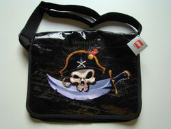 852228 Pirates Shoulder Bag