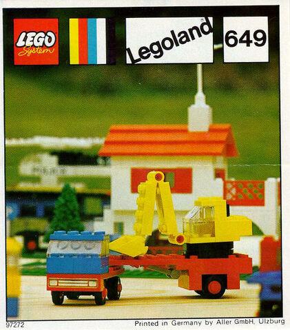 File:649-Low-Loader with Excavator.jpg