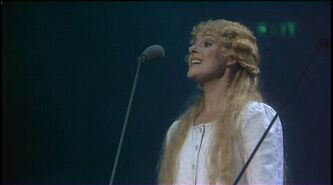 Les Miserables - 10th Anniversary Concert 1995 DVDRip 404 0001fantine