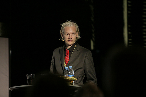 File:Julian Assange, WikiLeaks, at New Media Days 09.jpg