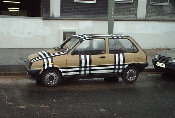File:Chav-mobile.jpg