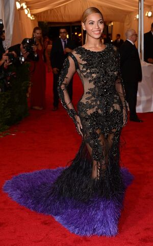 Beyonce-met-2012-gala-givenchy-Fashion-Bomb-Daily