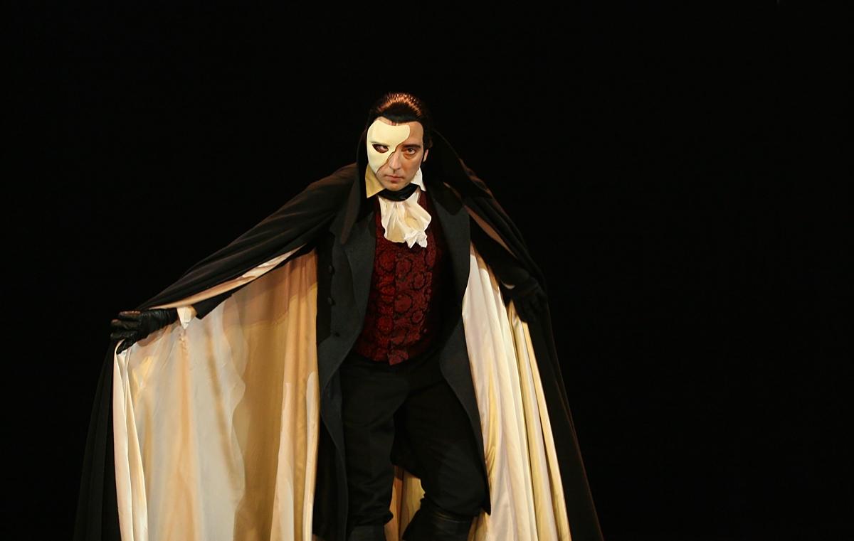 the phantom of the opera literawiki fandom powered by wikia. Black Bedroom Furniture Sets. Home Design Ideas