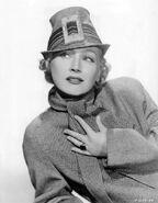 Queenie-smith-hat-34
