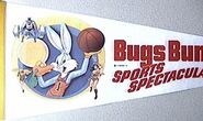 Bugs Bunny Meets the Superheroes penant