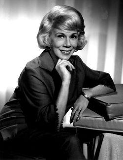Bea Benadaret 1966