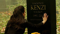 Kenzi Grave (413)