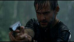 1x15-Charlie Shooting Ethan
