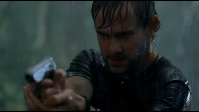 Archivo:1x15-Charlie Shooting Ethan.jpg