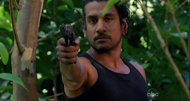 File:5x15 Sayid shoots.png