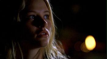 1x10 ClaireIsland