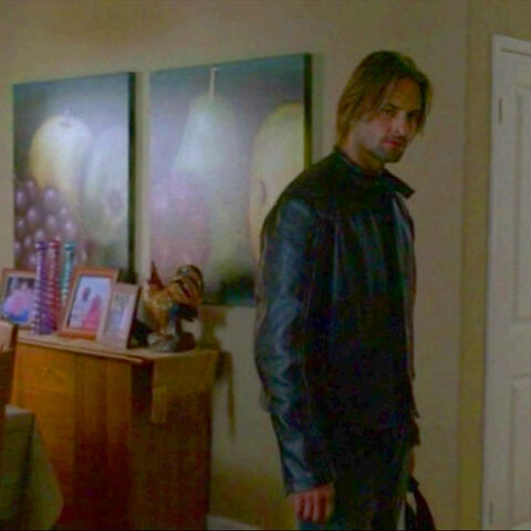 File:2x13-sawyer-fruit.jpg