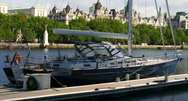 File:5x03 Humeboat.jpg