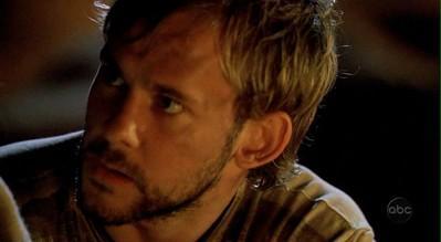 Archivo:1x10 charlie.JPG