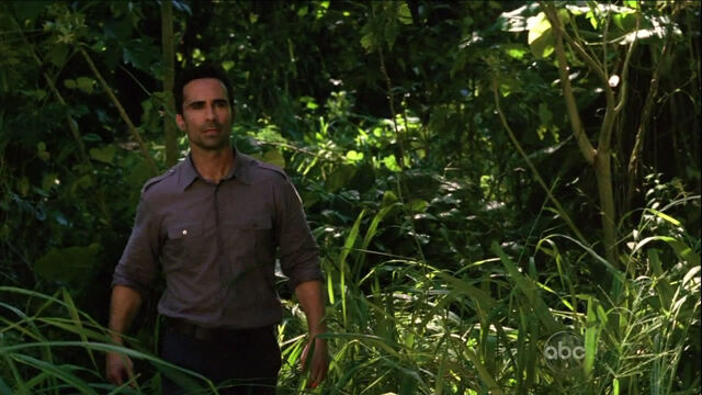 File:5x11-richard-arrives.jpg